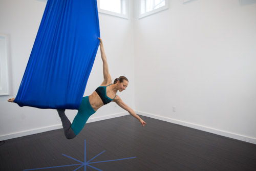 aerial-yoga-online-photo-4
